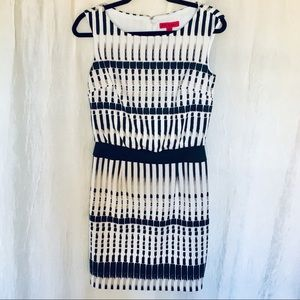 Betsy Johnson dress like new size 2